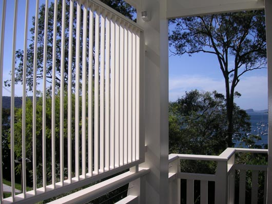 Decorating privacy screens for windows inspiring for Privacy window screen